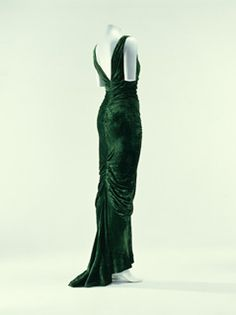 Evening Dress, Edward Molyneux Autumn/Winter 1935. The Kyoto Costume Institute.