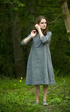 The trapeze dress made by hand from washed pure linen. pure linen (Lithuanian linen) *Washed *Colour: grey (gray) *Pattern: plain *Size: S *Trapeze shape *Length: / (from top of shoulder to hem) *Sleeve: / Fashion Mode, Mori Girl, Linen Dresses, Dress Patterns, Beautiful Outfits, Summer Dresses, Summer Outfit, Style Inspiration, My Style