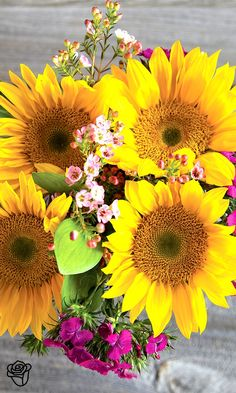 Perfection!! Sunflowers with pops of pink make a great August bouquet