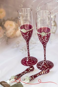 Marsala and silver wedding toasting glasses and set for cake, personalized set, table setting from the collection art deco, 4pcs