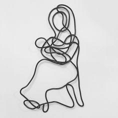 Mother and Child wire sculpture- Brynley Lazar Art