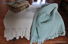 A Dropcloth Slipcover for an Old Bench