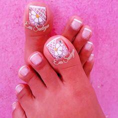 Pretty Toe Nails, Cute Toe Nails, Toe Nail Art, Pedicure Designs, Toe Nail Designs, Feet Nail Design, Summer Toe Nails, Wedding Nails Design, Feet Nails