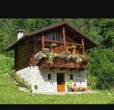 By Solange Maria Soccol Cabin House Plans, Tiny House Cabin, Log Cabin Homes, Village House Design, Spanish House, Cabins And Cottages, Stone Houses, Cozy Cottage, Beautiful Homes