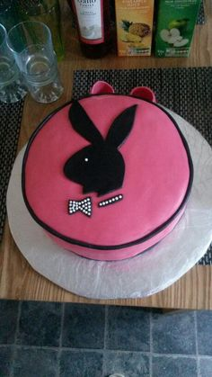 1000+ images about Cake-playboy on Pinterest Playboy ...
