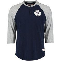 f9be42c8c015 New York Yankees Mitchell   Ness Unbeaten Three-Quarter Raglan Sleeve  Henley Shirt - Navy Gray. ΓκριΚοντομάνικα ΜπλουζάκιαΦυσική ΚατάστασηΣπορ