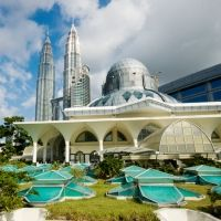 Are you planning to visit Malaysia? Click and know more information about tourist places in Malaysia, Malaysia tourism and major attractions of Malaysia at Travelhot. Malaysia Tour, Malaysia Truly Asia, Malaysia Travel, Amazing Destinations, Travel Destinations, Places To Travel, Places To See, Ho Chi Minh, Petronas Towers