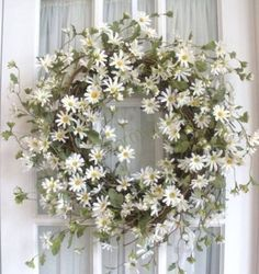 Very simple design. Great spring wreath.