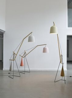 Designers Miriam Aust and Sebastian Amelung of Germany basedAust & Amelung, have created a tilting floor lamp, with a simple sandbag co...