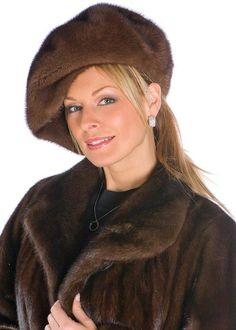 older women fashion over 60 christmas gifts Headbands For Short Hair, Winter Headbands, Older Women Fashion, Fashion Tips For Women, Shopping Outfits, Outfit Chic, Winter Fashion 2015, Over 60 Fashion, 50 Fashion
