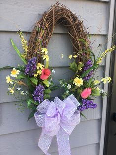 Spring wreath - front door decor Stick Wreath, Diy Wreath, Wreath Making, Grapevine Wreath, Wreath Ideas, Spring Wreaths For Front Door Diy, Summer Wreath, Easter Gifts For Kids, Easter Crafts