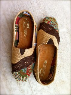 cute way to fix your TOMS when the front wears out :)