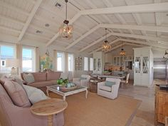 21 Rustic Living Room Furniture Ideas to Warm Up Your Home - The Trending House Beach House Lighting, Beach House Decor, Home Decor, House On The Beach, Beach House Colors, Virginia Homes, Traditional House, Home Renovation, Farmhouse Style