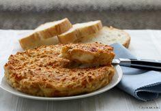 Frittata di pane con formaggi al forno
