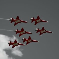 Patrouille Suisse, foto Claudia Gianora Jet Air, Air Planes, Military Jets, Switzerland, Fighter Jets, Aircraft, Locarno, Aviation, Plane