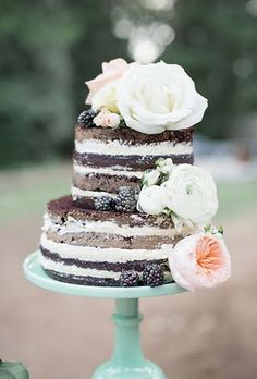Unfrosted Wedding Cakes   Brides.com