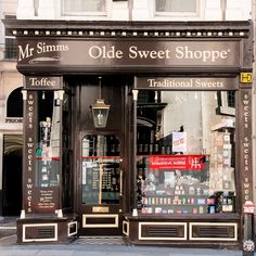 Mr Simms Olde Sweet Shoppe, London