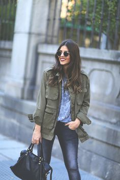 #NataliaCabezas from @trendy_taste in #ANINEBING Oversized Army Jacket