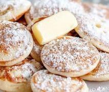 "Poffertjes ""wie vom Jahrmarkt"" Recipe Poffertjes ""The originals"" by Flensburger Jung – recipe in the category Baking sweet Dutch Recipes, Sweet Recipes, Baking Recipes, Cookie Recipes, Yummy Pancake Recipe, Yummy Food, Pancake Recipes, Fudge Caramel, Breakfast Recipes"