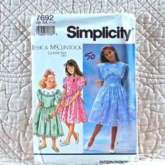 7692 SIMPLICITY Uncut PATTERN 1991 Girls Jessica McClintock Collars Shaped Waist Dress Full Gathered Skirt Back Zipper Size 7 8 10 3-oz