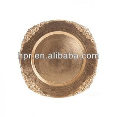 Source Round Lacquer Foil Cheap Gold Wedding Plastic Charger Plates Wholesale on m.alibaba.com
