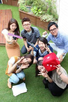 이노에그의 첫 단체 사진^^   회사 옥상에서^^