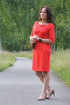 Red dress - classic styling | Lady of Style