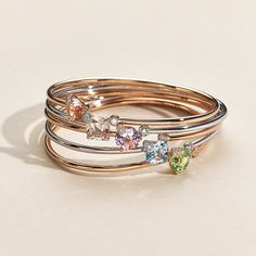 Bangle Peekaboo rose gold peridot (N) with round cut total ct., 10 diamonds with brilliant cut total ct. 18k Rose Gold, Fine Jewelry, Jewellery, Peridot, Sapphire, Bangles, Wedding Rings, Engagement Rings, Pure Products