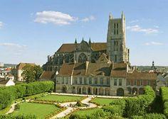 Meaux, Seine-et-Marne, Ile-de-France landmarks, France   ... et handicap en Seine-et-Marne : Office de Tourisme de Meaux - MEAUX