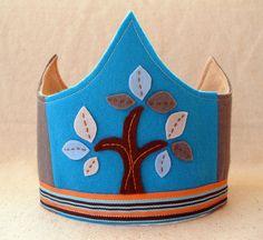 wool felt crown, via Flickr.