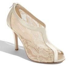Ivory Wedding Shoes: 10 Most Beautiful - Wedding Clan