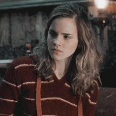 icons & headers hermione granger icons / harry potter & the order icons & headers hermione granger icons / harry potter & the order The post icons & headers hermione granger icons / harry potter & the order appeared first on Film. Harry Potter Gif, Wallpaper Harry Potter, Mundo Harry Potter, Harry Potter Icons, Harry Potter Pictures, Harry Potter Characters, Harry Potter World, Emma Watson, Ginny Weasley
