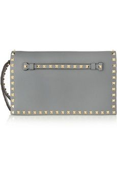 Valentino The Rockstud leather clutch | NET-A-PORTER
