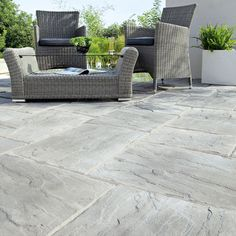 Weathered Grey Wetherdale Paving Slab (L)300mm (W)450mm | Departments | DIY at B&Q