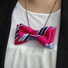 SUMMER! Vintage Bow Tie Necklace