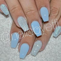 Blue with Diamond @nailsbyeffi #gelenaglar #gelnails #glitter #diamond #blue #naglar #göteborg