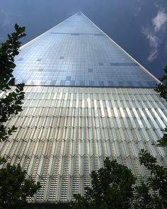 One world trade center, New York, by Diane