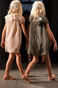 Beautifull Dresses light colours and fabrice bonpoint.