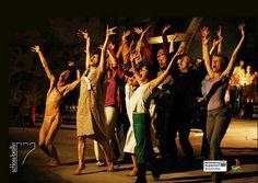 Es ist wieder soweit! 2015 laden Yumiko Yoshioka und delta RA´i alle Butoh- und Tanzbegeisterte zum internationalenTanz-#eXchange Projekt auf #Schloss #Bröllin.   8 ChoreographInnen, 60 TeilnehmerInnen aus 27 Ländern und ein gemeinsames Ziel: Die Performance am 14. & 15. August 21:00 Uhr / Eintritt 5 Euro / Dauer ca. 90 Min.  Für ein Publikum ab 12 Jahre geeignet. #Kultur #MV