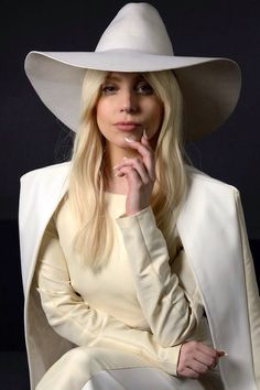 I loved gaga in this all white outfit – Ashley A! I loved gaga in this all white outfit I loved gaga in this all white outfit All White Outfit, White Outfits, Katy Perry, Joanne Lady Gaga, Rihanna, Kim Kardashian, Lady Gaga Pictures, Cultura Pop, Female Singers