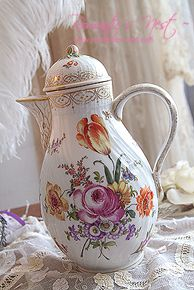 BEAUTIFUL TEAPOT