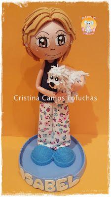 Cristina Camps Fofuchas: FOFUCHA CON MASCOTA Clothespin Dolls, Popsicle Sticks, Clay Crafts, Margarita, Elsa, Minnie Mouse, Disney Characters, Fictional Characters, Bunny