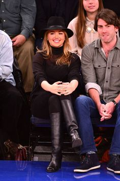 The celebrities with the best courtside style.