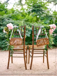 Mr and Mrs Chair Signs, Rustic Wooden Wedding Signs, Photo Prop Signs, The Paper Walrus  ✦ BEFORE ordering, please click the Shipping & Policies