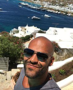 Amaury Nolasco, Pilot, Aviation, Mens Sunglasses, Fashion, Moda, Fashion Styles, Pilots, Men's Sunglasses
