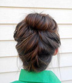 Upside down braid bun tutorial hair stylin' hair, hair style Up Hairstyles, Pretty Hairstyles, Braided Hairstyles, Braided Bun Tutorials, Upside Down Braid, Twist Braids, Twists, Bandeau, Love Hair