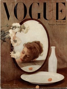 Original vintage British Vogue August 1947 Beauty and Younger Generation — Magazines Mode Collage, Aesthetic Collage, Retro Aesthetic, Collage Art, Vogue Magazine Covers, Fashion Magazine Cover, Foto Fantasy, Vintage Vogue Covers, Mode Poster