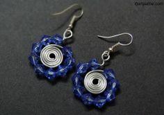 Blue crystal spiral earrings – DIY