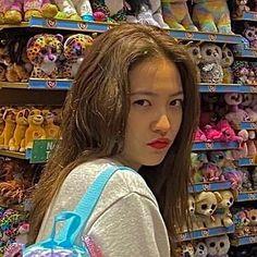 Aesthetic Indie, Aesthetic Girl, Kpop Girl Groups, Kpop Girls, Red Velvet, Exo, I Love Girls, Indie Kids, Cute Icons