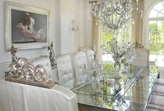 Beautiful Interiors and 18th Century Style: Lisa Vanderpump Style!
